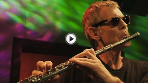 ritchie_mulher_inv_flute_dvd_play_490.jpg